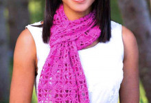 Розовый ажурный шарф